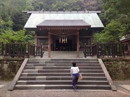 安房神社拝殿
